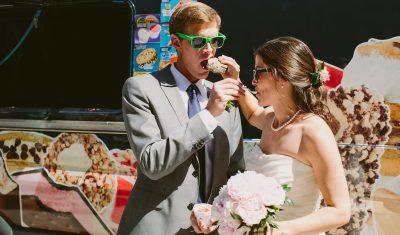 scoops2u ice cream truck weddings